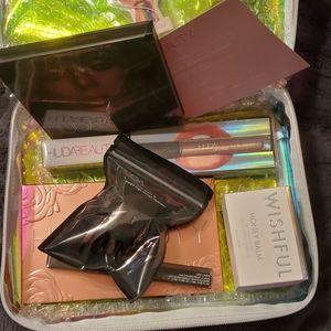 HUDA Beauty Bundle